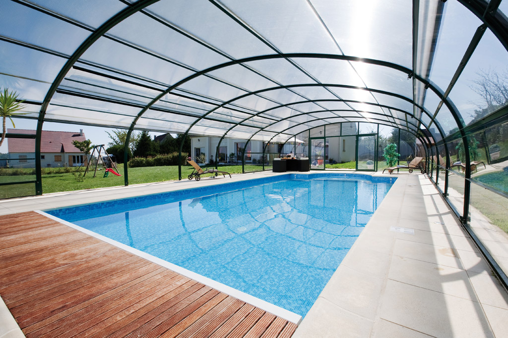 Cobertura p piscina alta arqueada independente abrisud for Coberturas para piscinas