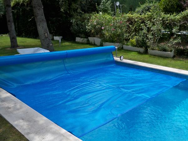 Cobertura de bolhas t rmica coberturas artepiscinas for Coberturas para piscinas